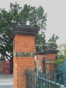 Lloyd Park entrance to WMG